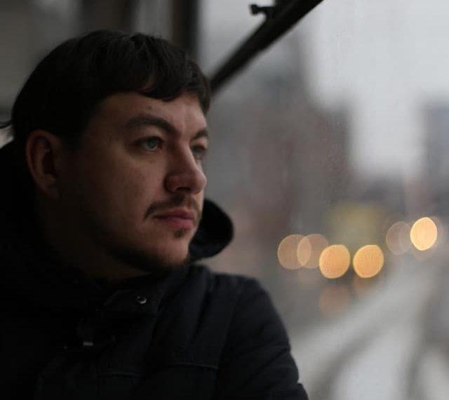 графический дизайнер  Алексей Кравчук